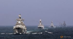 Chinese and Russian naval vessels participate in the Joint Sea-2014 naval drill outside Shanghai on the East China Sea, May 24, 2014. REUTERS/China Daily