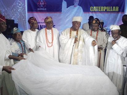 Kaaaabiyeesioooo!!!! The Alake and Paramount Ruler of